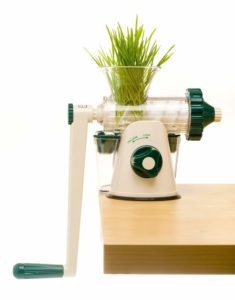 The Original Healthy Juicer - Manual Juicer - Celery, Wheatgrass, Kale, Spinach, Parsl