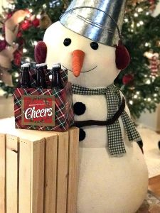 Holiday Beer Lovers Gifts - 6 Pack Beer Carrier Greeting Cards (Set of 4) in Holiday Plaid Design - Best Christmas, birthday,holiday, anniversary Gifts for Men, Office Christmas Party, Corporate Holiday Gifts, Holiday Gifts for Dad, friend, brother,